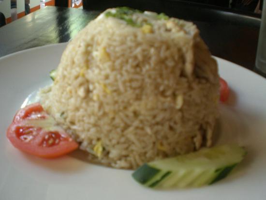 Sumittra : Chicken Fried Rice