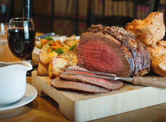 """Lounge Bar, Red Lion Hotel: our Sunday """"meat up"""""""