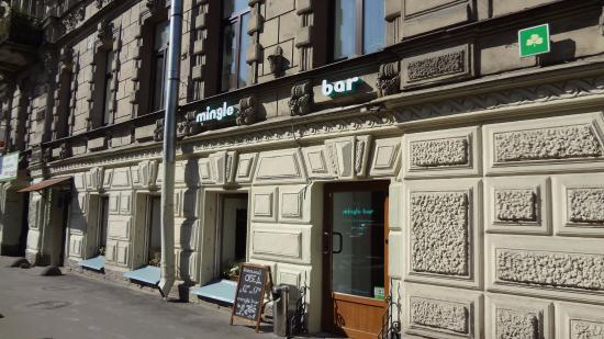 Mingle Bar