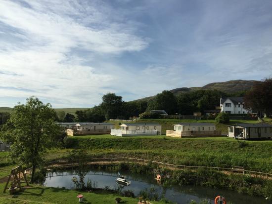 Laggan House Country Park: Views near the duck pond