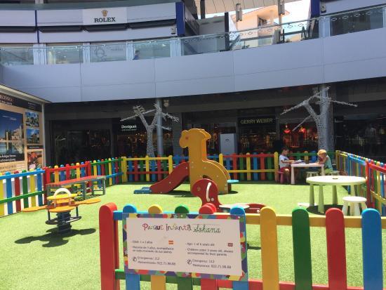Di sera picture of centro comercial plaza del duque - Centro comercial del mueble tenerife ...
