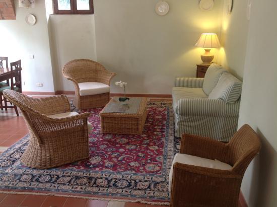 Villa Acquaviva: INTERNO VILLA