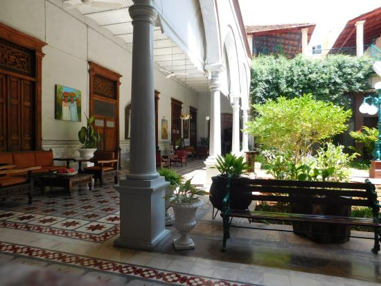 Hotel Posada Toledo & Galeria: Recepción