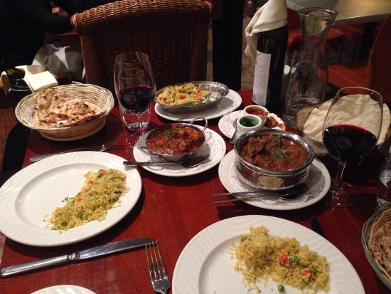 Royal India Restaurant: Great dinner, first time to Royal India!!