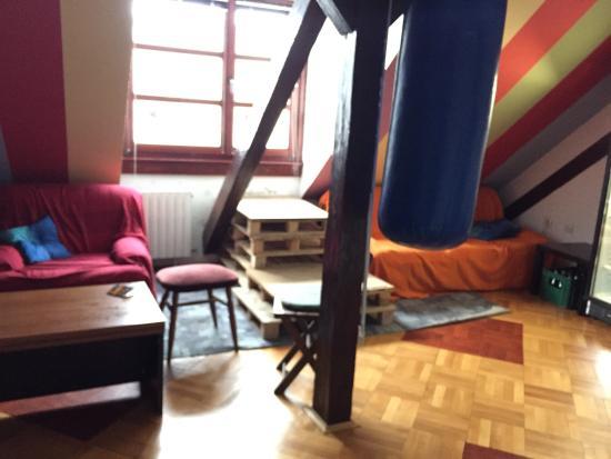 Hostel Goodnight Grooves : photo1.jpg