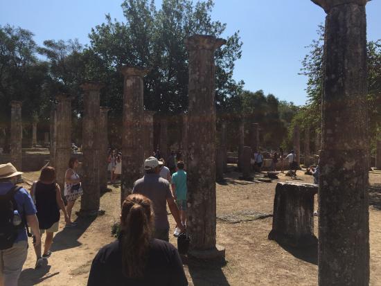 Statua di nike foto di olimpia antica archaia olympia for Piscina olimpia a sesto san giovanni