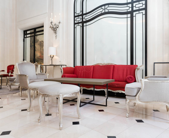 Photo of Hotel Hôtel Plaza Athénée at 25 Avenue Montaigne, Paris 75008, France