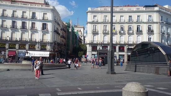 Plaza del sol photo de puerta del sol madrid tripadvisor for Plaza puerta del sol