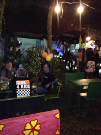 The Farang Bar: photo1.jpg