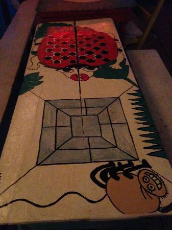 Babalu Bar and Grill: Funky tables