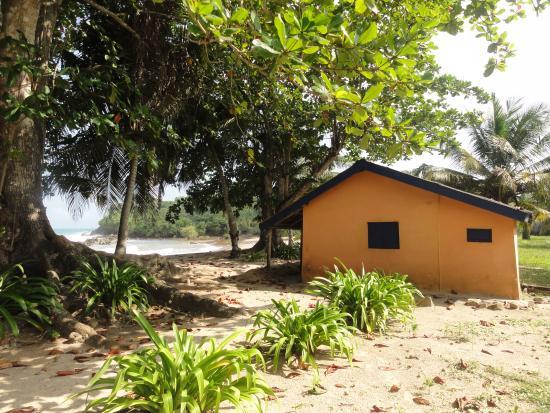 Ezile Bay Village: our hut