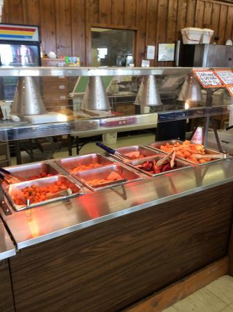 El Campo, TX: Friday fish buffet station