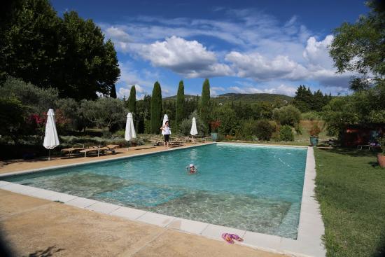 La Capucine : La piscina