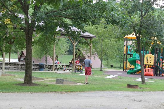 Mohican Adventures Campground & Cabins : Playground immediately out front of cabins