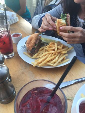 West Shore Cafe and Inn: West shore burger