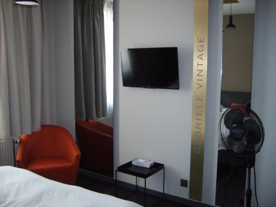 Vue d\'une partie de la chambre avec lit King Size - Picture of Atlas ...