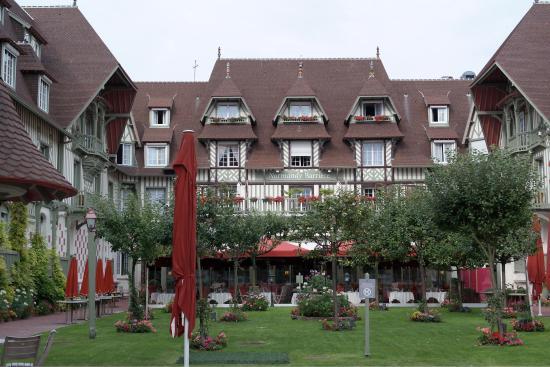 Chambre Classique Normandy Barriere : Chambre foto van hotel barrière le normandy deauville