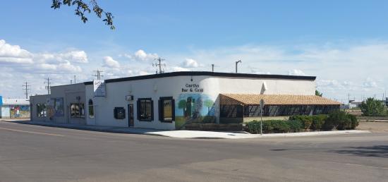 Garth's Restaurant & Lounge