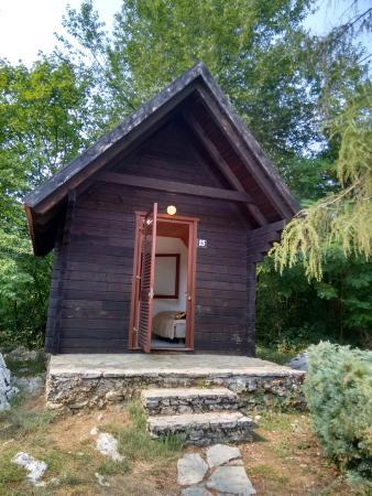 Bungalows at Campsite Korana: Cute sheds