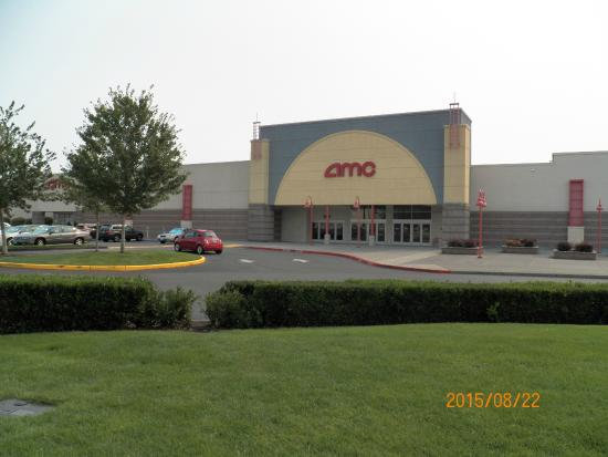 ‪AMC Loews Lakewood Towne Center 12‬