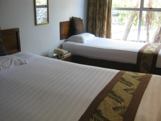 Capricorn Fiji Hotel: room would sleep 3, I was alone