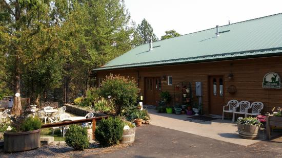 Ahsahka, ID: The High Country Inn Main Building