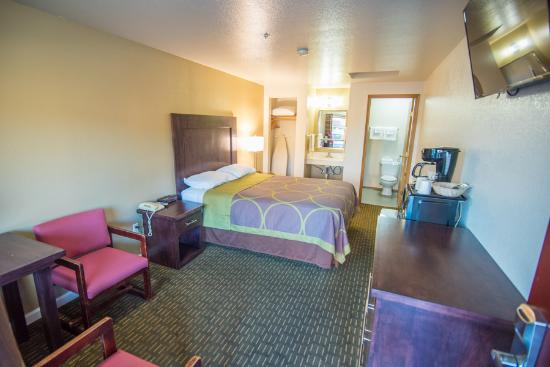 Eugene, OR: Single Queen Guest Room