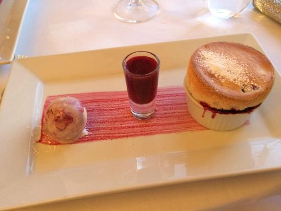 Howtown, UK: Blackberry soufflé with blackberry ripple ice cream