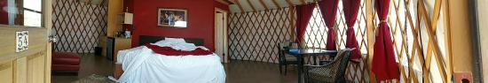 Cave B Inn & Spa Resort: The Yurt