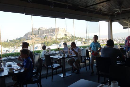 The Athens Gate Hotel: מסעדת המלון על הגג