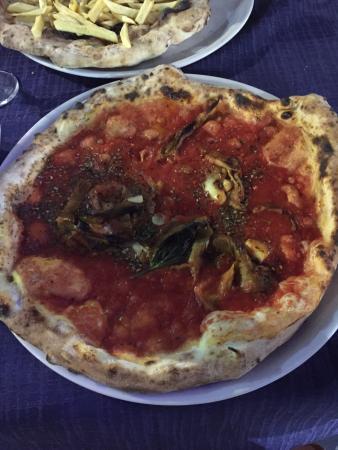 Ristorante Pizzeria Pirozzi: LA VERA PIZZA!!!! Che dire... Pizza favolosa e Staff gentilissimo e disponibilissimo! Sarà sicur