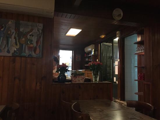 Le pont vers l le de r photo de restaurant port lauzi res la rochelle tripadvisor - Restaurant port la rochelle ...