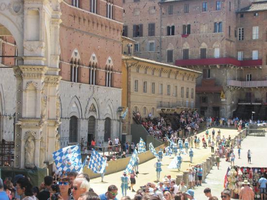 I Melograni del Chianti: Sienne