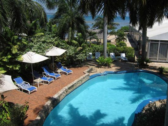 Swimming Pool And Indian Ocean Picture Of Best Western Coral Beach