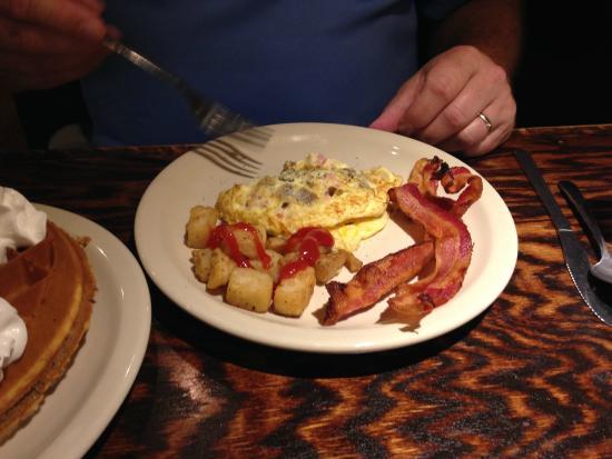 great breakfast picture of mark twain hotel peoria tripadvisor rh tripadvisor com