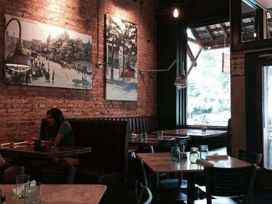 Delicious !!! Such a cute environment with great historic photos of Athens, colored mason jars t