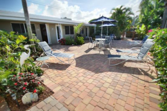 Casitas Coral Ridge: Courtyard Area