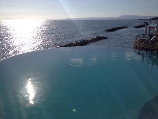 Vista piscina foto di torre bassano torre del greco - Piscina torre del greco ...