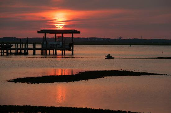 The Birchwood Inn has access to the water and pier across the street.  Beautiful sunsets!