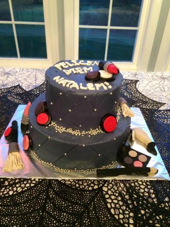 Janas Bakery Makeup Themed Birthday Cake