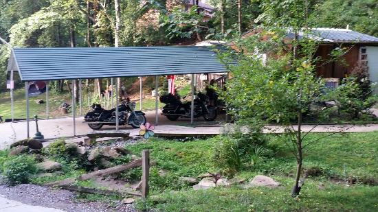 Simple Life Campground & Cabins: Simple Life Campground and Cabins