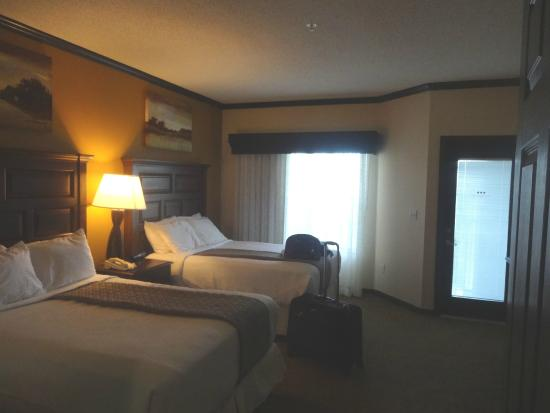 Grande Villas at World Golf Village: Spacious BR with 2 Queen Beds...tiny screened in balcony