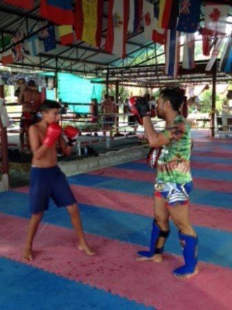 Muay Thai Chinnarach Boxing Camp: Août 2015