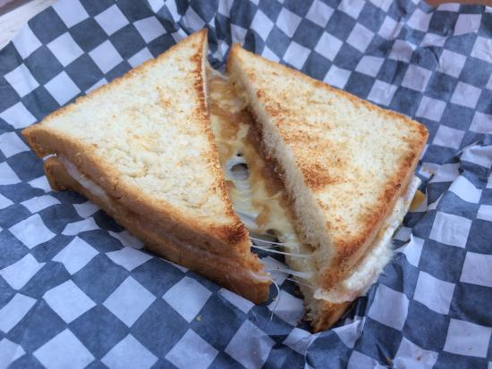 Au 1884: Grilled cheese