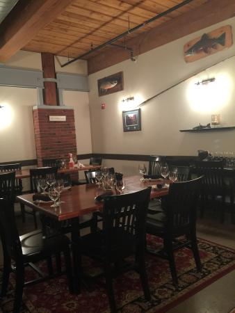 Interior - Fish Bones Grill Photo