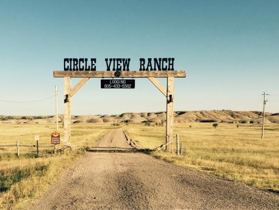 Circle View Guest Ranch: Remote, cute and what you'd expect in the middle of the Badlands. Beautiful views.
