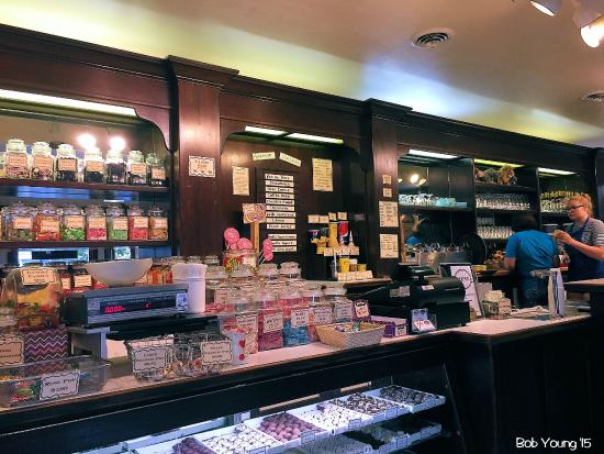 Goody's Soda Fountain & Candy Store: Candy and ice cream counter