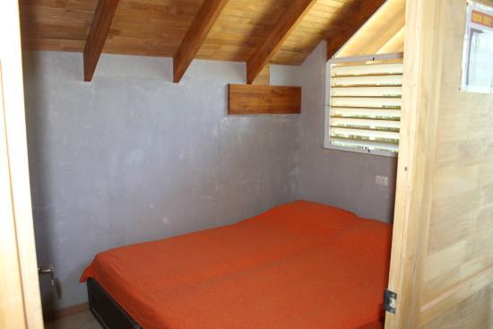 4 You Hostal: Bedroom