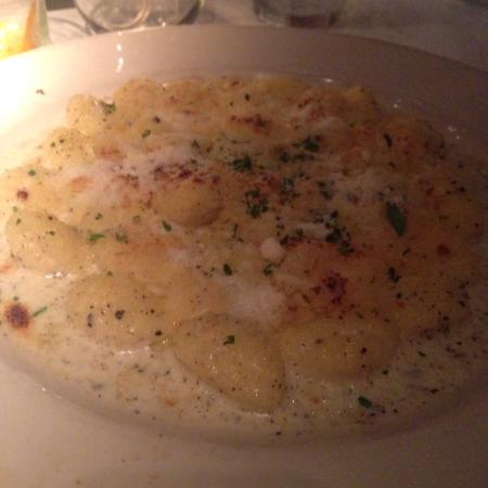 Vivo: The gnocchi was fantastic. It helped make a memorable evening.
