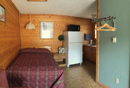 Rocky Mountain Lodge: Cabin